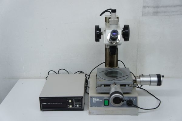 NIKONの実体、倒立などの各種顕微鏡をお取扱中。